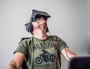 File-Orlovsky_and_Oculus_Rift
